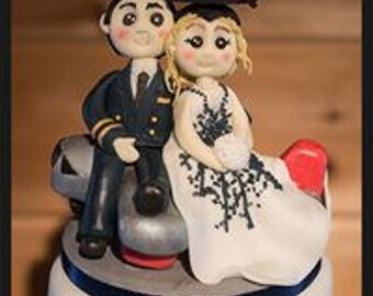 Pilot and Bride edible cake topper