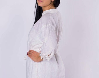 Women linen set (robe+nightgown) with embroidered sleeves and embroidered neckline(lace)
