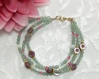 AVENTURINE bracelet,gemstone flower bracelet,Aventurine gemstones,gemstone healing