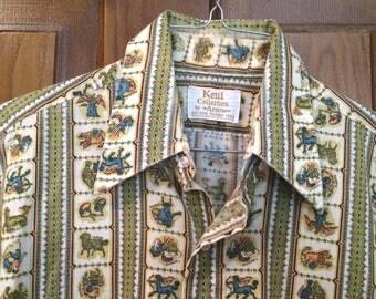 "Vintage  60s/70s Men's  Kent Collection  ** Novelty Zodiac Print **  50/50 poly/cotton short sleeve Shirt ** M or L  - 44"" chest"