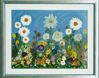 Flower meadow / image of pressed flowers / hangefertigt