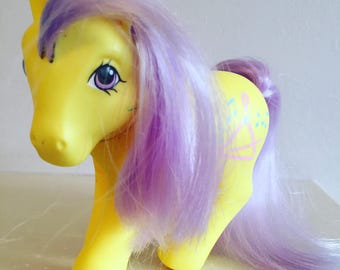 Rare Vintage 1987 G1 My Little Pony - Music Time - Yellow and Lavender- Crumpet Pose