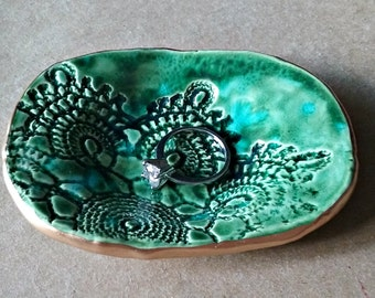 Ceramic Ring Dish Malachite Green Lace edged in gold
