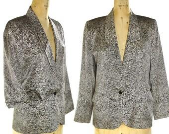 90s White Cheetah Silk Blazer / Vintage 1990s Animal Print Tailored Jacket / Boho Rocker Lightweight Lined Jacket with Pockets / Women's M L