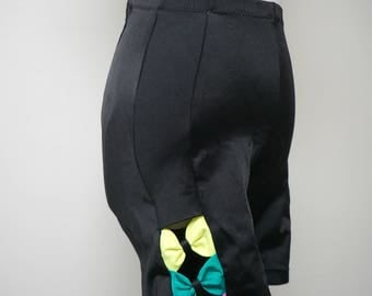 Urbanek . 80s neon bows . activewear black shorts . medium