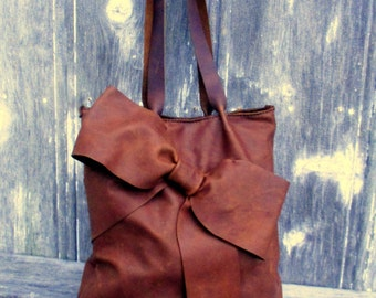 Leather Bow Tote Bag in Rocky Mountain Distress - Chestnut Brown by Stacy Leigh
