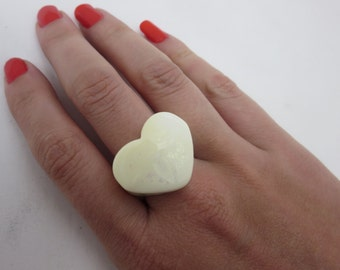 White Lucite Heart Ring - Statement Ring, Lucite Costume Jewelry, Retro 1980s