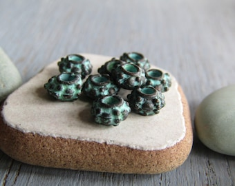 Mini metal rondelle bead, Small  bali style spacer, Metal casting, Green patina finish on antiqued copper   6 x 3mm ( 20 beads ) 6am4061
