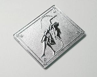 Andromeda Shun silvery metal piece