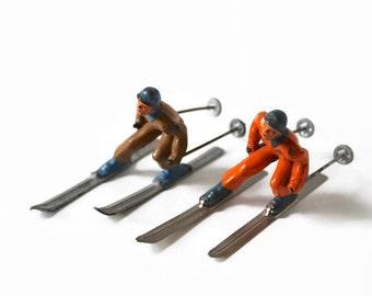 Vintage Barclay Skiers, Men's Alpine Skiing, Barclay Winter Figurines, Antique Lead Figurines, Christmas Decor, Diorama Supplies