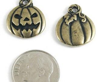 TierraCast Pewter Halloween Charms-Brass Oxide JACK O'LANTERN PUMPKIN (2)