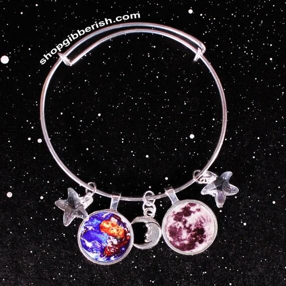 Planet Charm Bracelet //Women's Jewelry//Personalized//Moon Bracelet//Custom Jewelry//Gift Idea