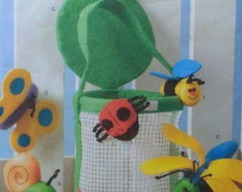 Butterick B4478 Bug Basket and 6 Finger Puppets Spider Snail Ladybug Butterfly Dragonfly Bee and Bug Basket Craft Pattern