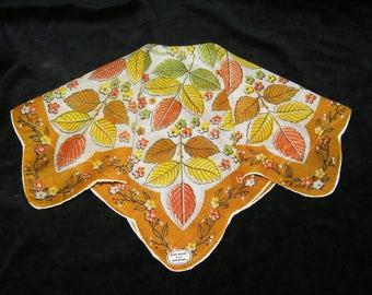 """Vintage UNUSED 13"""" Scalloped Fall Autumn Leaves Leaf Floral Wedding Favor, Craft Handkerchief - 9796"""