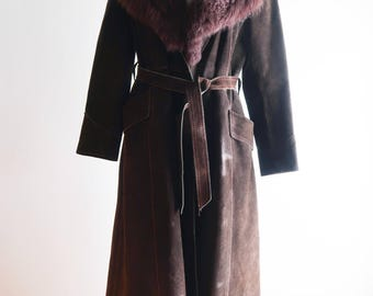 Beautiful brown SUEDE 70s shearling collar coat sz. Small / Medium