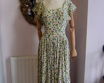 1930's early 1940's Novelty Print Cotton Gown UK 8