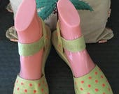 Festive 1940s 1950s Lime Green with Pink Polka Dots Canvas Peep Toe Sandal Wedges-Sz 6.5 7