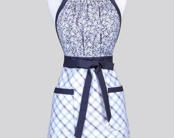 Cute Kitsch Womens Apron - Elegant Gray and White Plaid and Floral Retro Full Coverage Vintage Style Kitchen Apron with Pockets