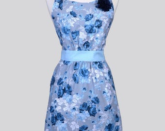 Classic Womens Full Apron / Gray and Navy Floral Mothers Day Retro Vintage Style Kitchen Apron with Pockets and Fitted Bodice
