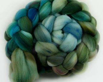 Lakeshore merino wool top for spinning and felting (4 ounces)