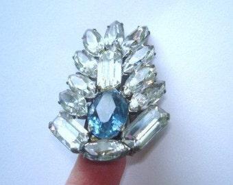 Fur Clip Brooch Sapphire Blue Clear Rhinestone Silver  Tone.