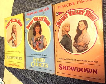 Vintage - Books - Sweet Valley High 3 Pack - Kidnapped - Showdown - Hard Choices - by Francine Pascal - Nostalgia