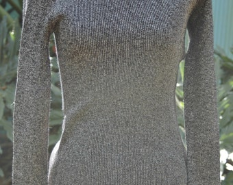 Vintage 1970s Black and Metallic Silver  Sweater Size Small