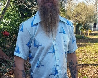Men 70s Shirt with Sailboats, Vintage Shirt in Blue, Nautical Shirt,, Sailboat Shirt, Vintage Costume Size M