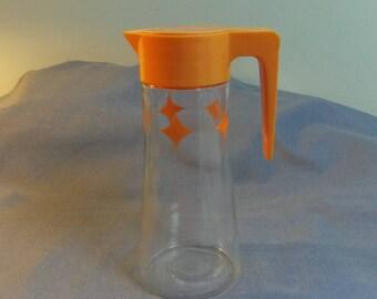 "Anchor Hocking Atomic Star Flip Lid Jug, Orange Juice, Ice Tea, Water, Milk, 8.75"" tall"