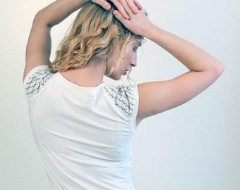 Skim crew neck t-shirt / Cute bamboo jersey top / Eco fashion top - Cream Ivory White tshirt