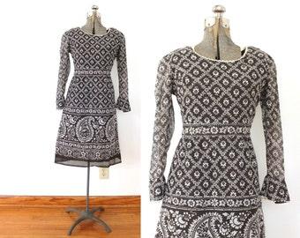 60s Dress / Brown Paisley 1960s 70s  Boho Dress