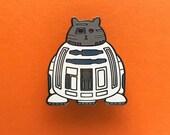 R2D2 Pin - Star Wars Enamel Badge - Lapel Pin - Cat brooch - Fat Kitty - White Cat Brooch - Cat Pin - Cat Droid pin - Hard Enamel Cat Brooch