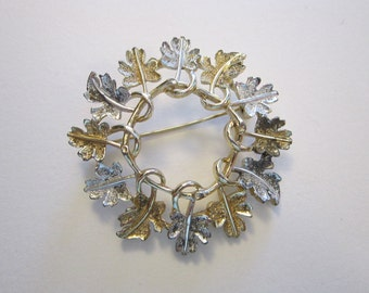 vintage Sarah Coventry leaf brooch, silver and gold tone leaves, round leaf brooch, wreath brooch