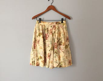 40% OFF SALE... floral rayon summer shorts   flounce tap shorts   rayon and linen shorts