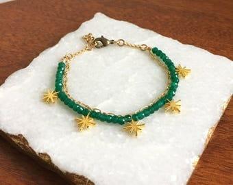 Twinkle Bracelet / green onyx bracelet, twinkle star bracelet, gold star bracelet, green & gold bracelet, gemstone bracelet, cosmic bracelet