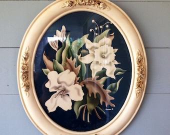 Vintage 1940s Floral Print Oval Frame / Shabby Chic Art