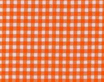 Round Gingham Oilcloth Tablecloth