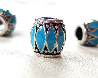 Turquoise Blue Enamel with Silver metal and Black antiquing Chevron pattern large hole beads, 10mm, hole diameter 5mm, package of 5
