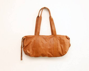 The Weekender Bag in Brown | The Brown Leather Traveler's Bag | Unisex Travel Bag in Classic Brown