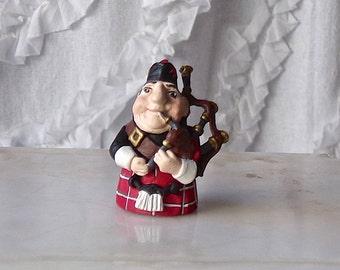 Vintage Pewter Thimble Scottish Man Highland Kilt Bagpipes Tartan Hand Painted Signed MW Made in England Scotland Souvenir 1980s