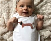 Dachshund baby clothes, Dachshund baby bodysuit, baby boy clothes, baby girl clothes, baby coming home outfit