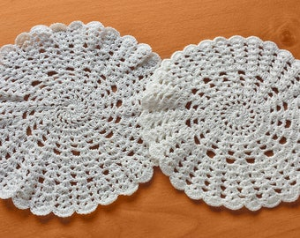 2 Round Vintage Hand Crocheted Doilies, 5.5 and 6 inch doilies pair, Light Beige, Ecru Doilies, Wedding and Decor Doilies, Vase Doilies