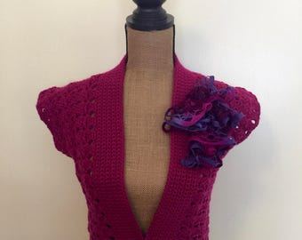 1950s Style Crocheted Fuchsia Deep V Cropped Vest with Removable Ruffle Corsage, Women's size M