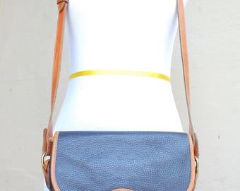 Vintage Dooney and Bourke USA All Weather Leather Navy Blue Shoulder Bag Handbag Purse Boho Fashion Hipster Preppy Hobo Bag Classic Summer