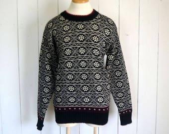 Fair Isle Sweater - 1980s Black White Snowflake Sweater - Vintage Winter Ski Wool Pullover Sweater - Large L