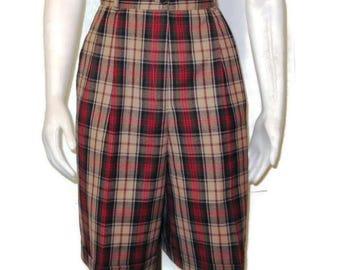 80s Bermuda Shorts Tartan Shorts Plaid Shorts High Waisted Shorts 1980s Dress Shorts Womens Golf Shorts Lined Wool Shorts Cuffed Shorts