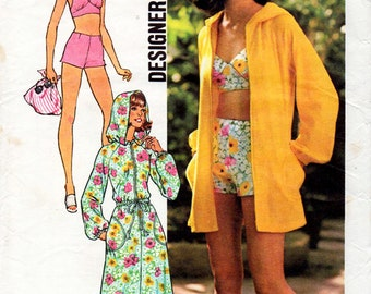 1970s Swimsuit & Cover Up Pattern Simplicity 6969 Vintage Sewing Pattern Bikini Top Shorts and Hooded Robe Beach Outfit Bust 32.5 Petites FF
