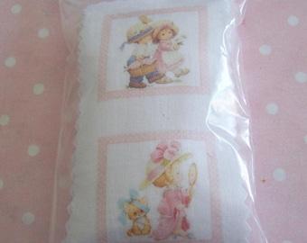 Kit cushions for dollhouse