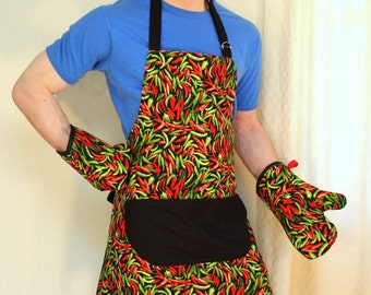 Mens Apron in Hot Chili Peppers, Unisex Apron in Red and Green Peppers
