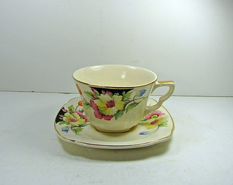 Vintage HIBISCUS TEACUP Flower Tea Cup Floral China Saucer Regency